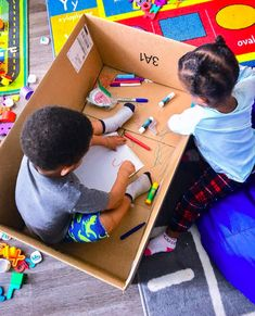 Are You Looking for Fun and Simple Cardboard Arts and Crafts Ideas for Kids that will provide hours of fun? Then Check Out This Compilation of Crafts Now! Fun Crafts For Kids, Easy Diy Crafts, Crafts To Do, Diy Craft Projects, Arts And Crafts, Craft Ideas, Preschool Learning Activities, Toddler Activities, Fun Activities