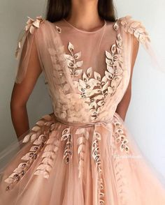 Crystal Leaves Gown - Details – Light peach dress color – Tulle dress fabric – Handemade embroidered crystal leaves with the velvet ribbon – A-line gown with an open leg and V-neck – For parties and special occasions Source by annettedittrich - Grad Dresses, Ball Dresses, Ball Gowns, Evening Dresses, Dresses Dresses, Peach Dresses, Homecoming Dresses, Summer Dresses, Wedding Dresses