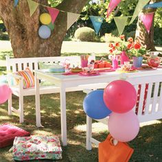 Great garden party ideas start with thinking about how best to decorate your garden #garden #party #ideas