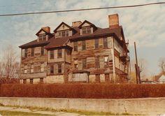 Larksville School.   1985