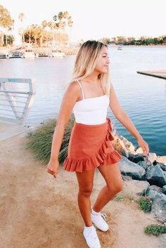 Fashion Tips Outfits 27 Casual Summer Outfit Ideas For Women. Tips Outfits 27 Casual Summer Outfit Ideas For Women. Spring Outfit Women, Trendy Summer Outfits, Cute Casual Outfits, Dress Casual, Summer Skirt Outfits, Summer Outfits For Vacation, Winter Outfits, Spring Ootd, Winter Ootd