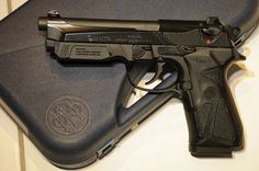 Beretta 90TWO - http://www.rgrips.com/en/article/93-browning-a500g