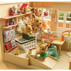 calico critters hotel | Found on weheartit.com