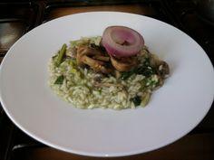 JHS /* Risotto  vertes de herbes  spontanèe  et  champignons,oignon  rouge de  Tropea  Gino D'Aquino