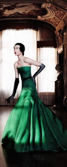 Dior Dior Fashion, Fashion Art, Fashion Beauty, Fashion Design, Christian Dior, Dior Couture, Vintage Dresses, Vintage Outfits, Vintage Fashion