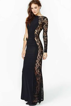 Destination Divas, here it is:; that Unforgettable Lace Maxi Dress. Take it on the road and call Wild Side Destinations for all your travel planning!