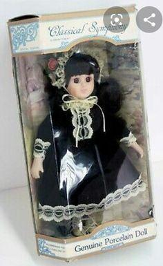 Goth Bedroom, Dream Bedroom, Lunch Box, Porcelain, Dolls, Frame, Home Decor, Gothic Room, Baby Dolls