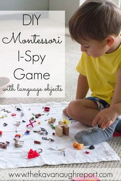Montessori I-Spy Game DIY Montessori I-Spy Game -- fun way to learn letter sounds for toddlers and preschoolers.DIY Montessori I-Spy Game -- fun way to learn letter sounds for toddlers and preschoolers. Montessori Preschool, Montessori Education, Montessori Materials, Preschool Learning, Toddler Preschool, Preschool Activities, Toddler Toys, Montessori Elementary, Dinosaur Activities