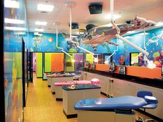 Dental office wall decor doesn't get much better than all of these multicoloured creations. Why not dive right in and re-think your dental clinic design? Dental Office Decor, Medical Office Design, Dental Offices, Dental Kids, Free Dental, Hospital Design, Clinic Design, Dental Surgery, Twilight