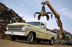 Vom 190er bis zum Golf II: Diese Autos halten ewig - Bilder - autobild.de Classic Cars, Monster Trucks, Golf, Vehicles, Autos, Pictures, Vintage Classic Cars, Car, Classic Trucks
