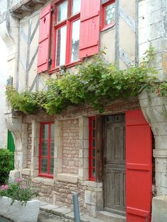 """♥♡♥♡red shutters in French house (St. Martin de Re at the Isle """"Ile de Re"""")♥♡♥♡ French Country Exterior, French Country Style, Red Cottage, French Cottage, Red River Valley, Red Shutters, Hills And Valleys, Garden Windows, Vacation Spots"""