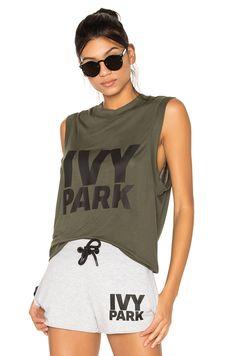 IVY PARK Logo Tank в цвете Хаки, Черный Логотип | REVOLVE