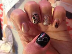 Rocker gel nails
