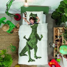 De T-Rex: Een legendarische dino die ooit op aarde rond liep! Laat zien dat jij niet bang bent en kruip onder dit stoere dekbedovertrek van Snurk. Tussen zijn k