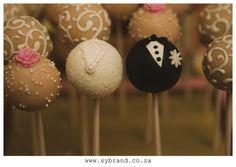 Vintage wedding cake pops #vintage #wedding #cakepops