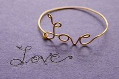 Wire Word accessories! Materials are: copper or brass wire, wire cutters, needle nose pliers and a chain (for necklaces) Im so going to make one!
