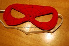 Sunshine and a Summer Breeze: Free template for Spiderman mask