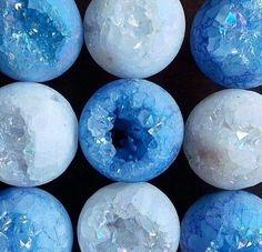 """- your eyes sparkle.  [tags]- #blue #lightblue #babyblue #blueaesthetic #lightblueaesthetic #pastel #pastelblue #pastelblueaesthetic #aesthetic #photography #love #positivevibes #positive #love #happy #beautiful #cute #flower #flowers #makeup #grunge #hipster #hippie #pastel #pastelgrunge #happiness #crystal #crystals #sparkle"" by @aestheticthou. #familia #amor #love #family #caras #luxurylifestyle #luxury #luxurylife #fashion #lifestyle #design #style #designer #millionaire #travel…"
