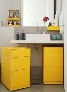 Banheiro amarelo e cinza decor