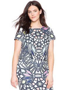 Plus Size Stained Glass Top From the Plus Size Fashion Community at www.VintageandCurvy.com
