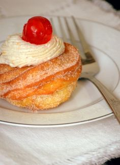 Zeppole - St. Joseph's Day fritters link to recipe