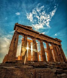 Around the world with me - The Parthenon - The Acropolis - Athens - Greece * *************** The Parthenon & The Rays - years later,… Nature Architecture, Architecture Antique, Greece Architecture, Best Travel Instagrams, Travel Photos, Travel Ideas, Travel Inspiration, Ancient Ruins, Ancient Greece