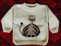 Wełnomaniaczka: Sweterek w kolorze ecru z kotkiem http://welnomaniaczka.blogspot.com/