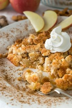 Our keto Almond Apple Crisp is a delicious low carb dessert that leaves your house smelling great and your taste buds totally satisfied. People will be lining up to get their serving of this wonderful low carb dessert! Apple Desserts, Low Carb Desserts, Healthy Desserts, Low Carb Recipes, Cooking Recipes, Healthy Recipes, Diabetic Desserts, Fall Desserts, Healthy Junk