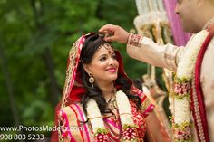 Gujarati Bride and Groom in Indian Wedding. Gujarati Wedding Ceremony. Outdoor Wedding Ceremony in New Jersey.Featured in South Asian Bridal Magazine, SAB.