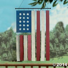 American Flag Garden Wind Chimes Yard Art Home Decor Accent NEW Amerikanische Flagge Garden Patriotic Crafts, Patriotic Decorations, July Crafts, Holiday Crafts, Americana Crafts, Holiday Decorations, Holiday Fun, Table Decorations, Paint Stir Sticks