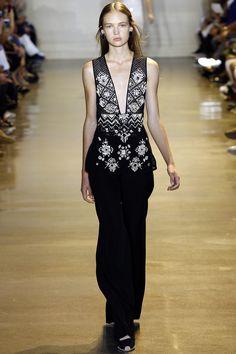 http://www.vogue.com/fashion-shows/spring-2016-ready-to-wear/altuzarra/slideshow/collection