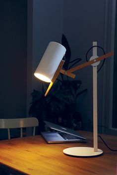 nifty nifty lamp! Marset - Scantling Table Lamp