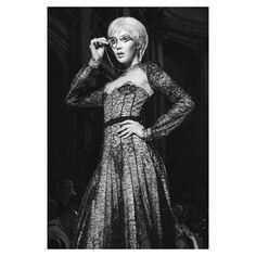 Photographer looking for Photo Agency for Fashion Week  Modèle @shenna_wu défilé @julienfournie  @jeanfrancoispfeiffer - - - - - - #fujifeed #fujilove #fujifilmxt2 #blacknwhite_perfection #runwayshow #backstage #parisfashionweek #hautecouture #julienfournie #model #topmodel #paris #portraitmood #fashion #fashionmagazine #lookingformodels #instagood #instasize #instafashion