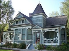 Victorian+House+Colors | Doctors House (Circa 1890) Glendale CA Landmark house
