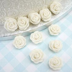 White Cupid Roses Sugar Decorations By PME, Pack of 12