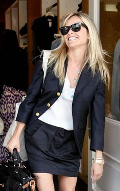 blazer + skirt suit with white tshirt? thank you, yes.