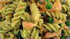 Fuss-free salmon, pea and basil pasta