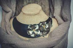Statement necklace Flower necklace Bib necklace black silver