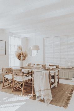 Dining Room Inspiration, Home Decor Inspiration, Decor Ideas, Living Room Decor, Bedroom Decor, Dining Room Design, Dining Area, Cozy House, Home And Living