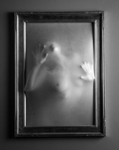 Halloween 2010 by mjranum on deviantART. This image shows someone trying to escape from a tight space. The photographer has tried to make you feel what Weird Art, Gothic Art, Scary Movies, Texture Art, Image Shows, Macabre, Dark Art, Creepy, Horror