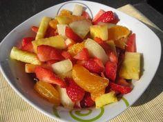 Macedonia de kiwi, plátano y fresas