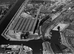 Foto uit 1953 er is veel historie terug te vinden over Veilinghaven deze histrorie kan terug gebracht worden in de openbare ruimte.