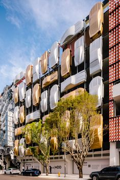 Urban Jam, a grid of 45 metallic cars coloured gold and silver was deigned by Spanish firm Clavel Arquitectos.