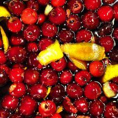 Burgenländische Kirschen, Rotwein und Aceto Balsamico Plum, Cherry, Fruit, Vegetables, Food, Red Wine, Cherries, Meal, The Fruit