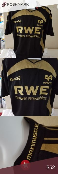 """Kooga Rugby OSPERYS Men's jersey 2009-2010 For your consideration:  Kooga Rugby OSPERYS Men's jersey 2009-2010  Size Large   Color: Black and Gold  Measurement approximately:  Underarm to underarm 22.5""""  Sleeve inseam ( from armpit to cuff) 8""""  Front length 29.5"""" Kooga Rugby Shirts"""