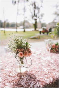 Wedding Flowers | The Budget Savvy Bride