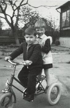 Young Falco still liked wheels and girls :D