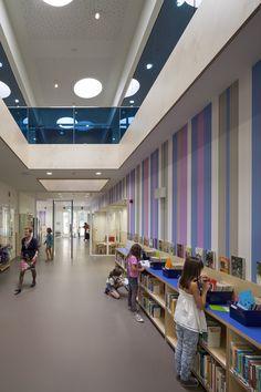 Gallery of Montessori School Waalsdorp / De Zwarte Hond - Functional Corridor