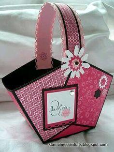 más y más manualidades: Crea hermosas canastillas de papel para tus regalos