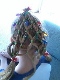 New hairstyles christmas party ugly sweater ideas - Kinder Weihnachten Christmas Tree Hair, Tacky Christmas, Christmas Fashion, Ugly Christmas Sweater, Christmas Decorations, Party Hairstyles, Trendy Hairstyles, Ugly Hairstyles, Crazy Hair Days